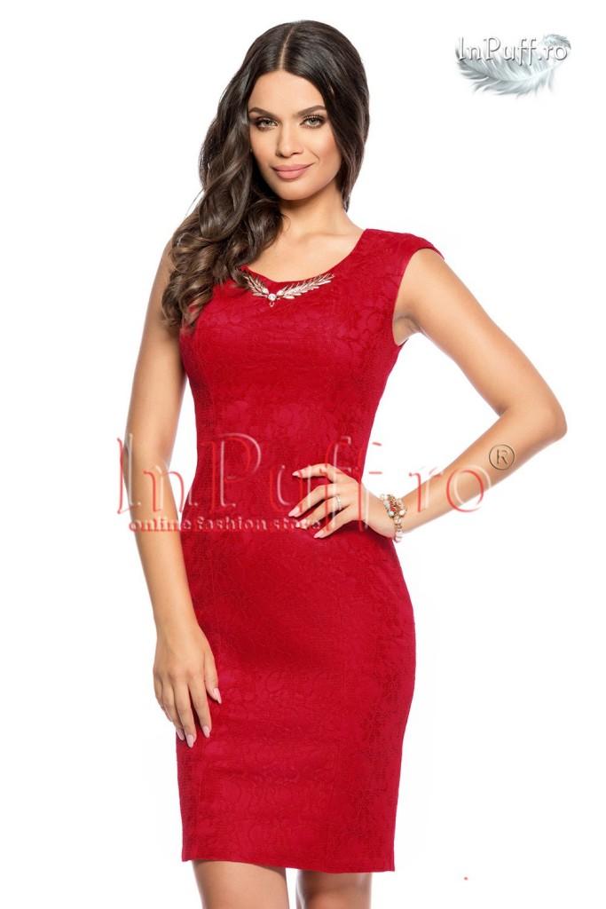 rochie-de-seara-dantela-rosie-accesoriu-auriu-1439209162-4