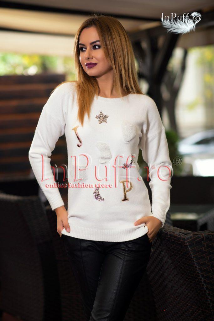 pulover-dama-alb-cu-aplicatii-1476792232-4