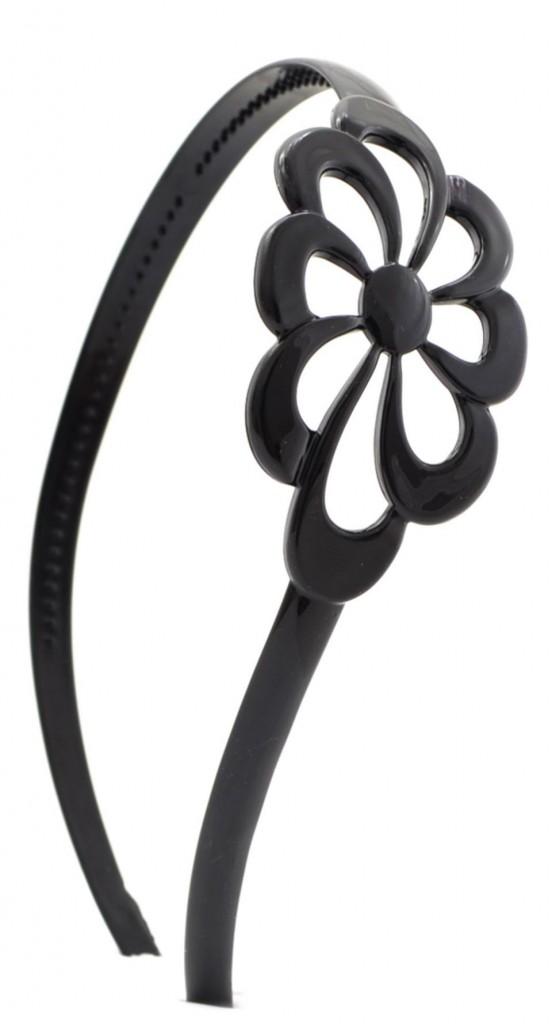 bentita-oversized-flower-4834874
