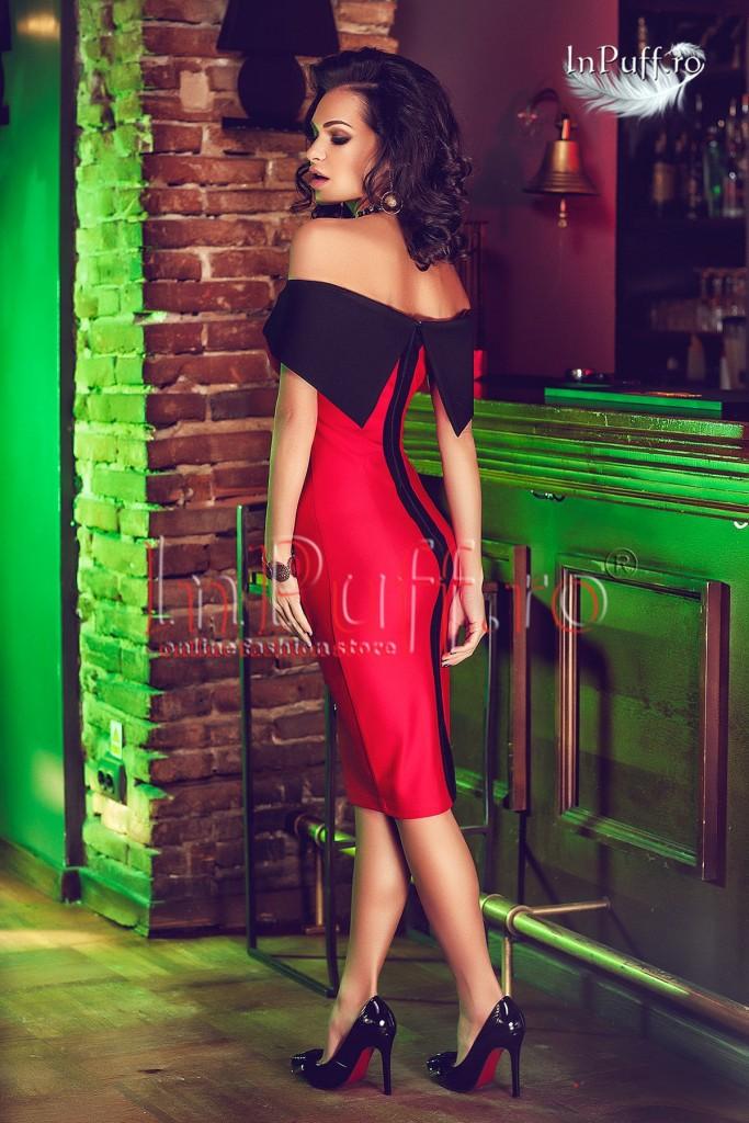 rochie-midi-lycra-rosu-cu-negru-lasata-pe-umeri-1454757010-4