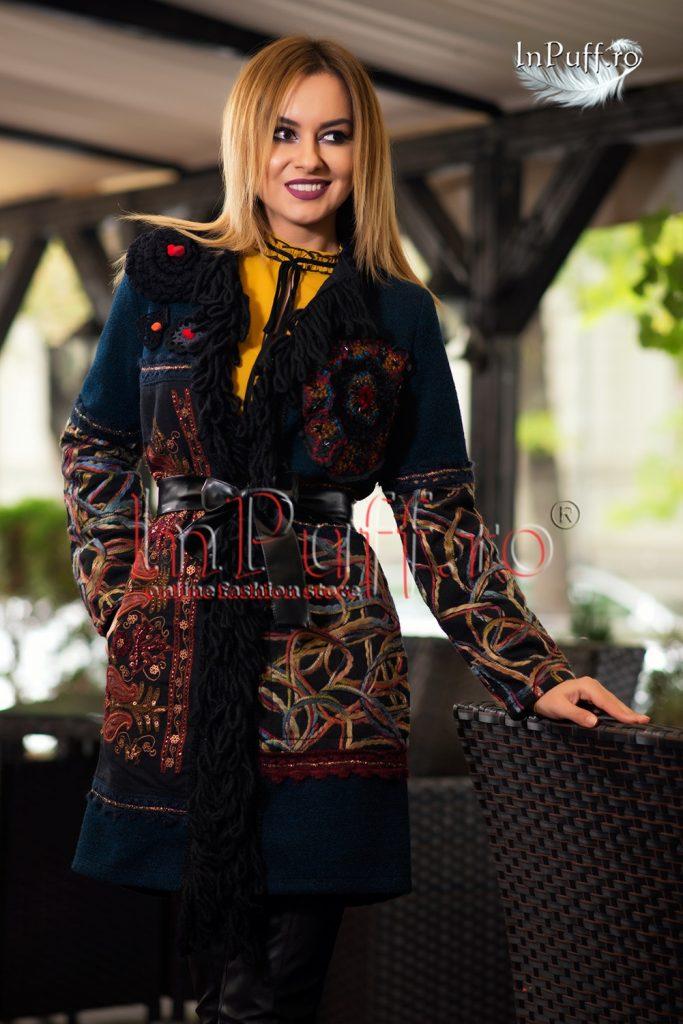 palton-dama-cu-motive-artizanale-si-flori-crosetate-1476791843-4