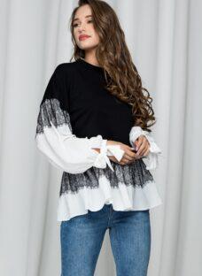 Bluza LaDonna neagra cu maneci largi si dantela chantilly